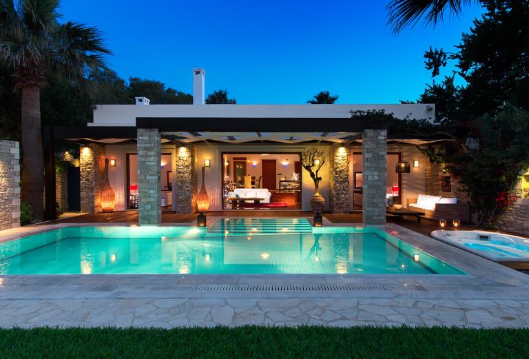 Najbardziej luksusowe hotele, w których spędzisz wakacje