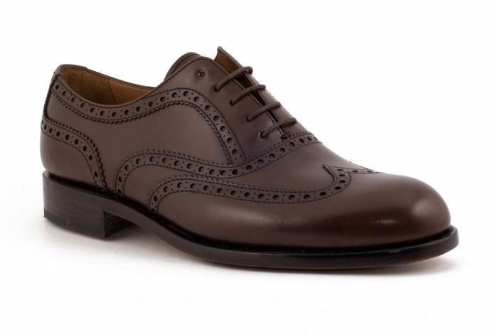 Brogsy obuwie - czy warto