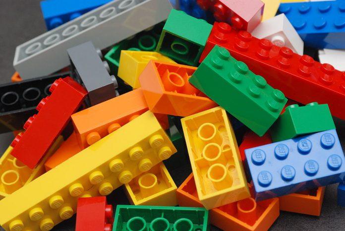 Klocki Lego coraz brutalniejsze