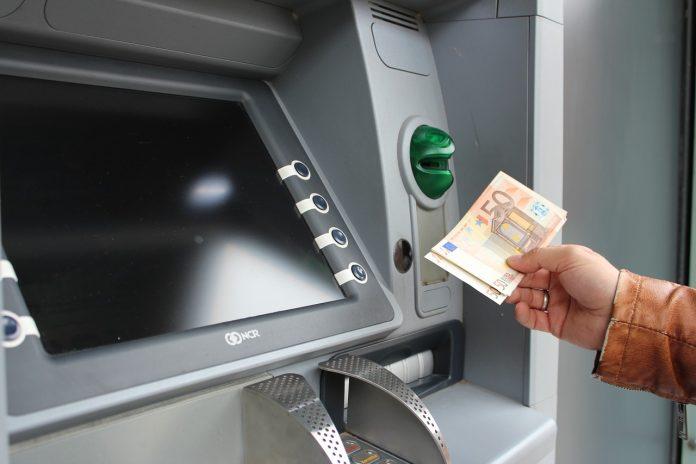 Wymiana walut za granicą