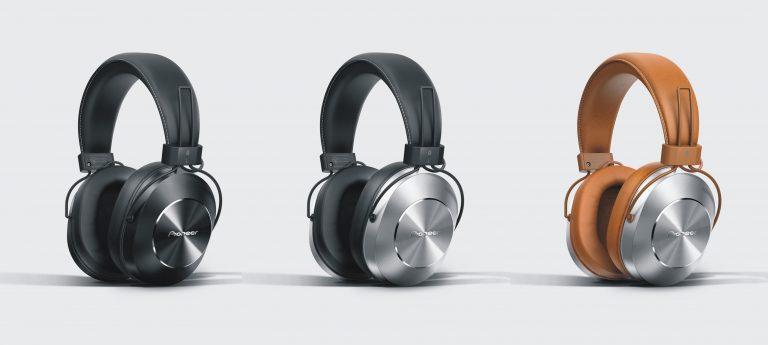 Stylowe i wygodne słuchawki w podróży. Jakie wybrać?